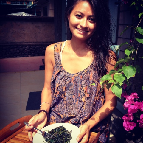 Breakfast in the garden with Andrea